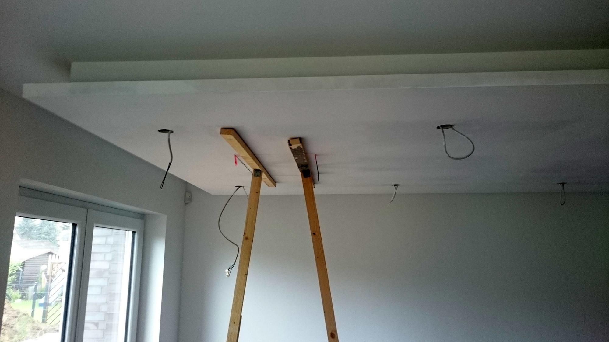 Abgehängte Decke mit indirekter Beleuchtung (Lichtvouten) selber ...