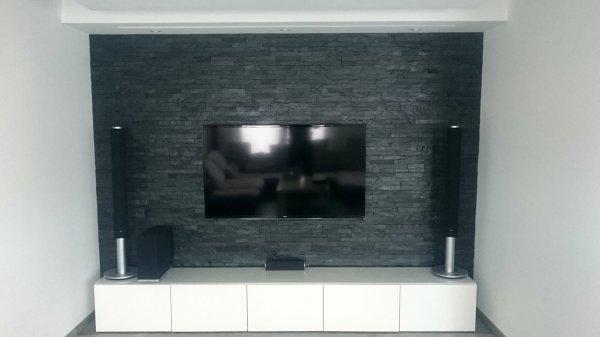 Multimedia im Wohnwand mit Wohnzimmer Naturstein Verblender