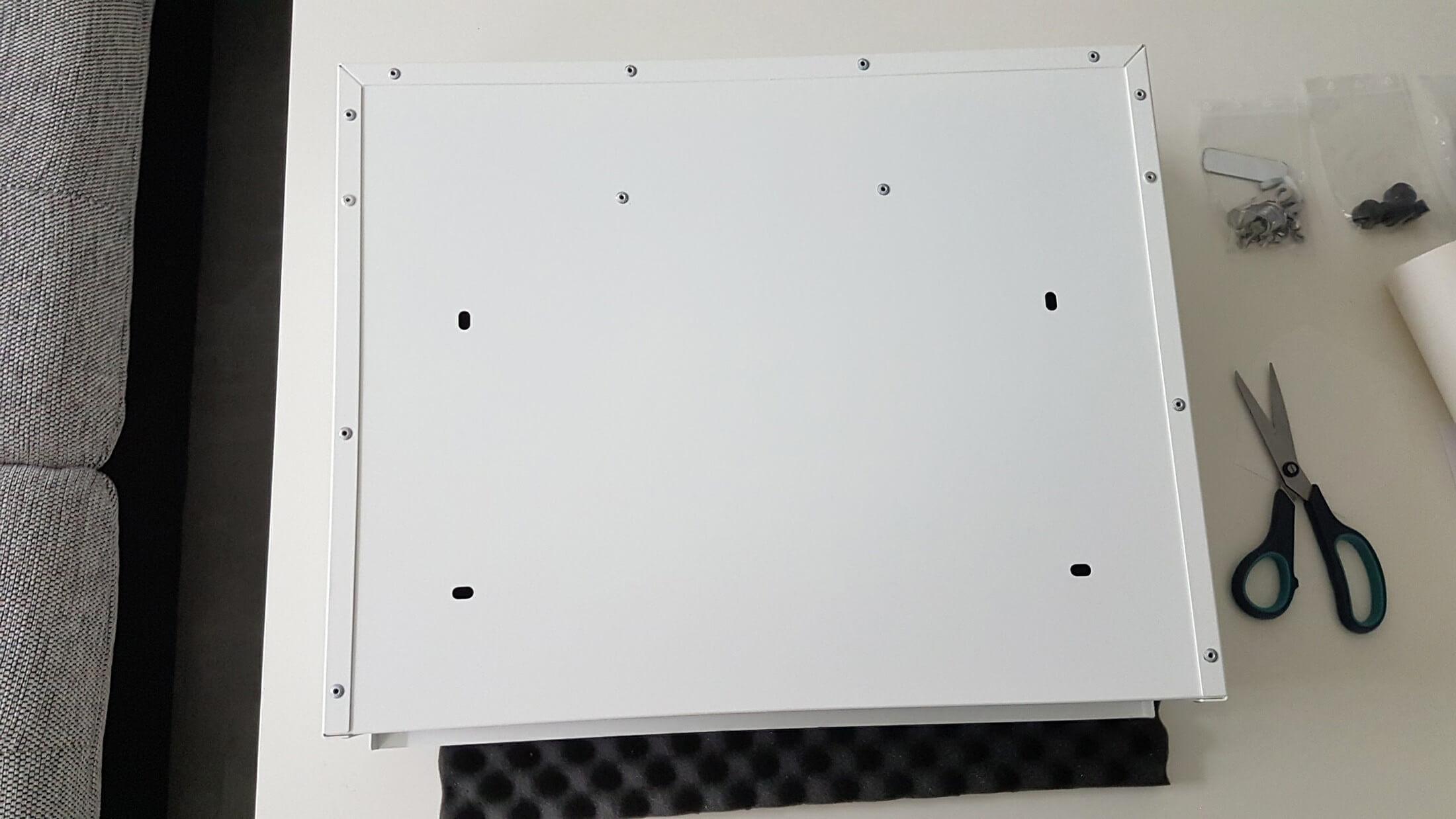 letterman briefkasten xxl von radius im test montage. Black Bedroom Furniture Sets. Home Design Ideas