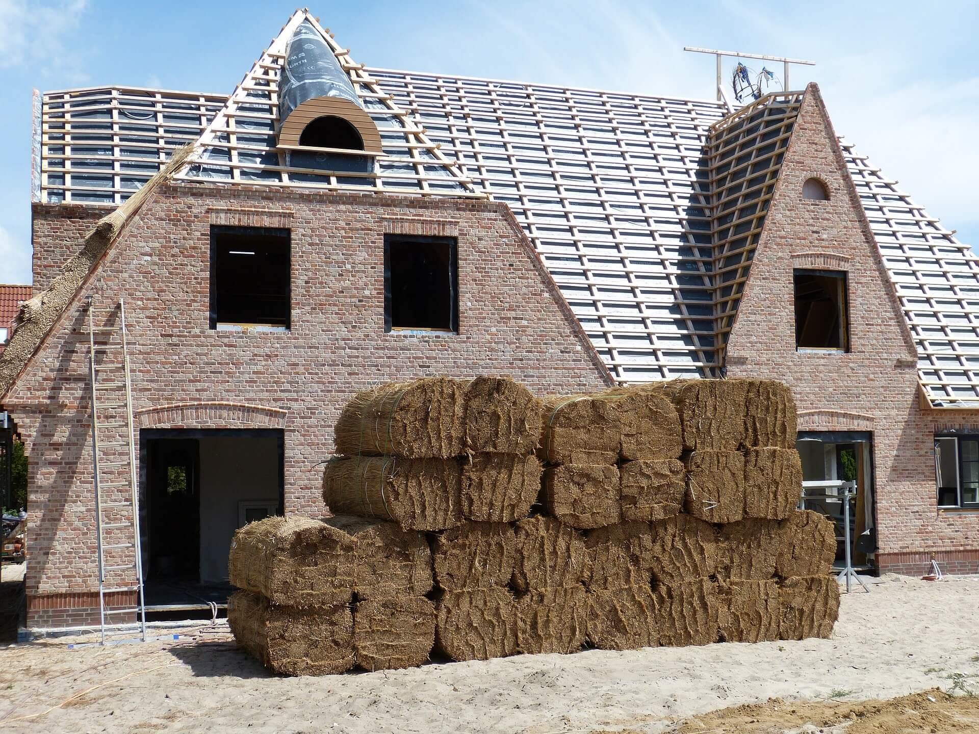 Reetdach Aufbau Kosten Und Vorteile Zum Bau Vom Reetdachhaus