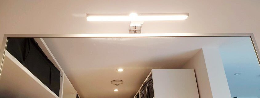 Beleuchtung im Schlafzimmer- Spiegelleuchte Deckenstrahler