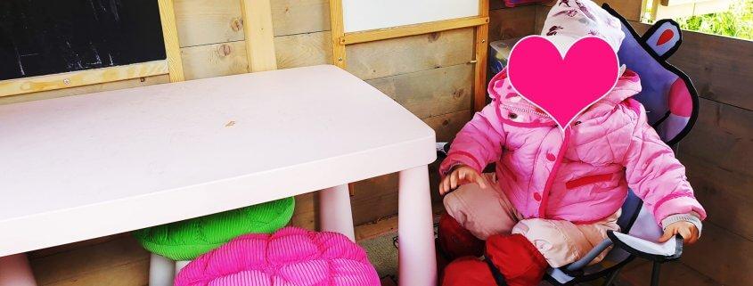 Spielturm Zubehör: Tisch und Hocker