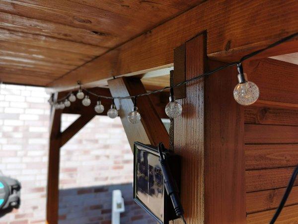 Solar-LED-Lichterkette der Grillüberdachung