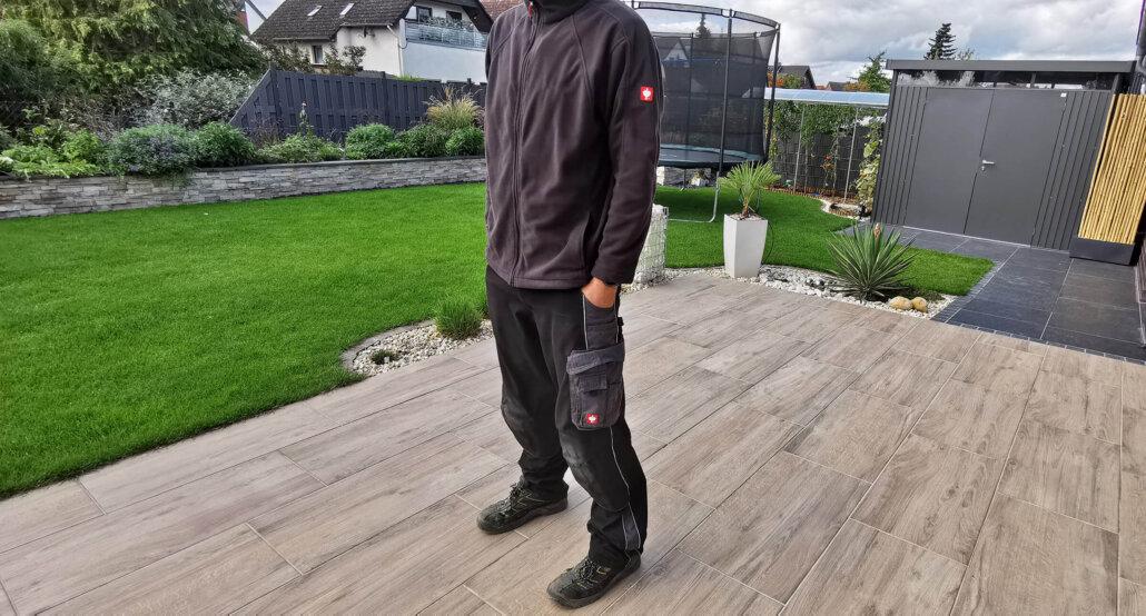 Arbeitskleidung für die Baustelle