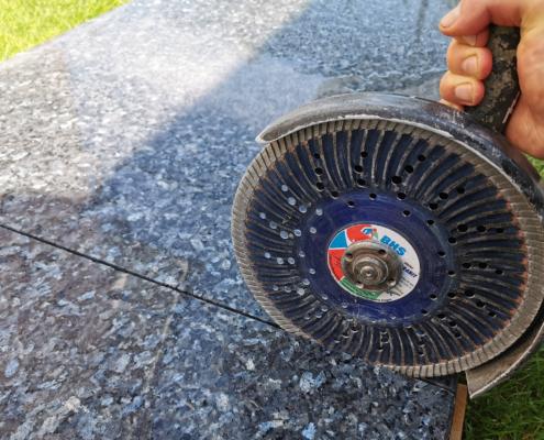 Granitplatte schneiden